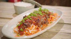 Babi pangang   Dagelijkse kost Indian Food Recipes, Asian Recipes, Ethnic Recipes, Belgian Cuisine, Dutch Recipes, Indonesian Food, Indonesian Recipes, Happy Foods, Wok
