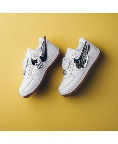 new styles 32b96 e2abe Nike Air Force 1 Low (Basse) Un regard plus étroit sur le Travis Scott