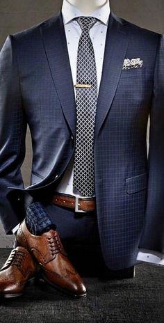 Mode Masculine, Mens Fashion Suits, Mens Suits, Men's Two Piece Suits, Blue Suit Men, Grey Suits, Man In Suit, Suit For Men, Formal Men Outfit