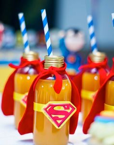 No matter which superhero your boys love, these Batman vs. Superman party ideas will have you planning an awesome party with both caped crusaders! With ideas for Batman vs. Superman cookies and cakes and superhero Superman Birthday Party, Batman Party, Superhero Party, 3rd Birthday Parties, Avengers Birthday, 4th Birthday, Birthday Ideas, Avenger Party, Anniversaire Wonder Woman