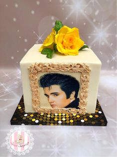 This cake was made for a lady who adores Elvis. She also loves yellow roses. Elvis Cakes, Elvis Presley Cake, Elvis Presley Images, Beautiful Birthday Cakes, Beautiful Cakes, Amazing Cakes, Cake Art, Art Cakes, Elvis Birthday