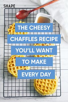 The keto diet is extremely low-carb, which can be challenging, but not when it comes to this super easy, 2 ingredient chaffles recipes! It's easy to make and delicious tasting! #ketodietrecipes #lowcarb Healthy Food To Lose Weight, Diet Plans To Lose Weight, Healthy Foods To Eat, Healthy Fats, Protein Rich Breakfast, Keto Diet Breakfast, Good Healthy Recipes, Best Diets, Eating Plans