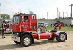 cars and trucks Show Trucks, Big Rig Trucks, Gm Trucks, Diesel Trucks, Lifted Trucks, Mini Trucks, Classic Tractor, Classic Trucks, Antique Trucks