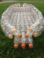 Make an Open Kayak From Recycled Bottles: 8 Steps (with Pictures) Reuse Plastic Bottles, Plastic Bottle Crafts, Recycled Bottles, Recycled Crafts, Diy And Crafts, Recycled Glass, Recycled Materials, Ways To Recycle, Reuse Recycle