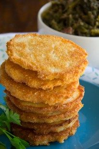 Pan fried cornmeal mixed with shortening and boiling water make these Hot Water Cornbread patties a delicious staple for all southern bites! Fried Cornbread, Cornbread Cake, Buttermilk Cornbread, Cornbread Recipes, Recipe For Hot Water Cornbread, Jiffy Cornbread, Cornbread Recipe With Cornmeal Mix, Water Bread Recipe, Skillet Cornbread