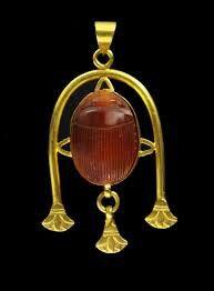 Carnelian scarab and gold, 18th dynasty.