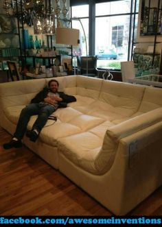 Gotta get this couch!