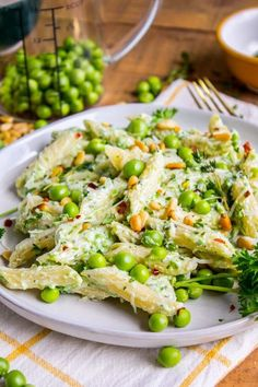Lemon Ricotta Pasta with Fresh Peas Minutes) This lemon pasta recipe is perfect for summer! Lemon Ricotta Pasta with Fresh Peas Minutes) This lemon pasta recipe is perfect for summer! Spareribs, Ricotta Pasta, Lemon Pasta, Garlic Pasta, Fresh Pasta, Cooking Recipes, Healthy Recipes, Cooking Okra, Kitchen Recipes