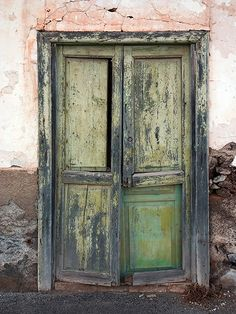 Old Green Door / 947