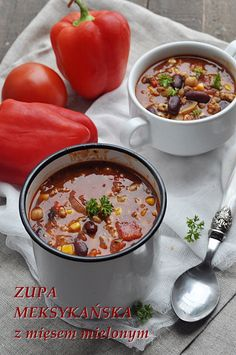 Zupa meksykańska z mięsem mielonym. Ostatnio podawałam wam przepis na zupę cygańską, jedna i druga zupa jest pyszna, pikantna, bardzo sycąca i kolorowa, pełna smaków. Miseczka zupy meksykańskiej przyjemnie rozgrzewa w jesienne dni. Zupa meksykańska z mięsem mielonym jest bardzo … Czytaj dalej → Mexican Food Recipes, Soup Recipes, Dinner Recipes, Cooking Recipes, Ethnic Recipes, Recipies, Good Food, Yummy Food, Breakfast Lunch Dinner