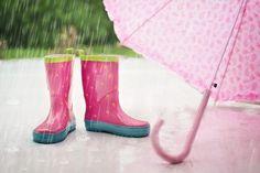 Wie du dein Kind beschäftigst bei Regenwetter und Schneegestöber . ..