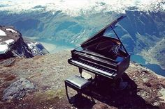 Musica nella Natura - Piano / Music in Nature - Piano