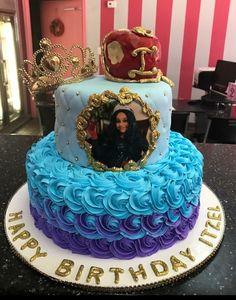 5th Birthday Cake, 5th Birthday Party Ideas, Birthday Parties, Desendants Cake, Character Cakes, Disney Cakes, Girl Cakes, Party Cakes, Disney Descendants