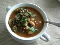 Hot Mess Cooking: Italian Chicken and Kale Soup
