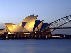 Het beroemde opera gebouw bij Sydney. Kijk hier voor starterspakketten Sydney. http://www.333travel.nl/starterspakket/travelodge-sydney?productcode=K6500