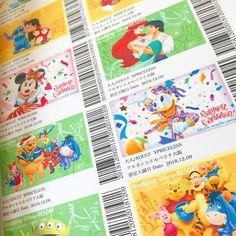 ディズニーのパスポート風席札の作り方・DIYデザインまとめ | marry[マリー] Disney, Handmade, Crafts, Wedding, Book, Instagram, Mariage, Hand Made, Weddings