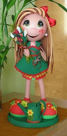 artesanato em EVA bonequinha de vestido