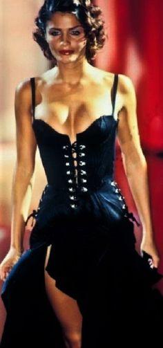 Helena Christensen - Atelier Versace Runway Show 90's