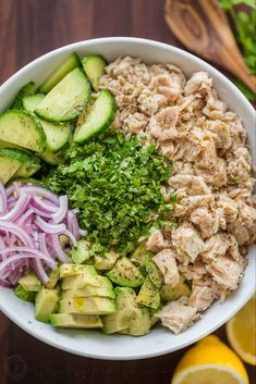 Mexican Dessert Recipes - Delicious Desserts This Avocado Tuna Salad Has Incredible Fresh Flavor Tuna Avocado Salad Is Loaded With Protein. The Avocado Adds A Healthy And Highly Satisfying Creaminess. Salad Recipes Video, Diet Recipes, Cooking Recipes, Healthy Recipes, Ketogenic Recipes, Canned Tuna Recipes, Ketogenic Diet, Recipes For Tuna, Dessert Recipes