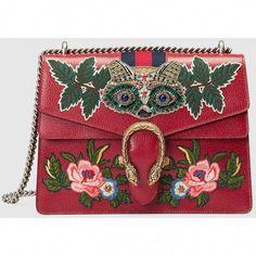 f6cf9d1391a8 #Guccihandbags Gucci Purses, Gucci Bags, Gucci Gucci, Purses And Bags, Red