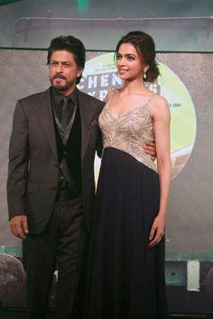 Shah Rukh Khan and Deepika Padukone promoting Chennai Express. #Bollywood #Fashion