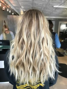 Over 30 great haircuts for blonde hair - hairstyle & hair inspiration - . - Over 30 great haircuts for blonde hair – hairstyle & hair inspiration – - Blonde Hair Looks, Blonde Hair With Highlights, Brown Blonde Hair, Dying Hair Blonde, Super Blonde Hair, Blonde Fringe, Beach Blonde Hair, Brassy Blonde, Beige Blonde