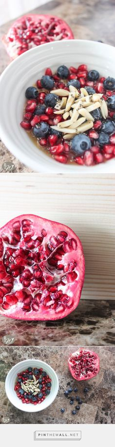 Superfood oatmeal with pomegranate seeds, blueberries, almonds, chia seeds and maple syrup | therusticwillow.com