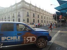 De retorno a Santiago. Ya comienza la premiación Palacio de la Moneda