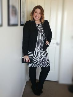 9aea06de79d iCurvy Blog - Style Me Friday - Monochrome Plus Size outfit inspriation.  Bold Graphic Print