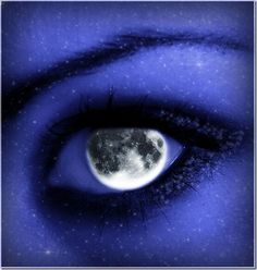 eyes like the moon