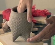 Ceramic Arts Daily – Handbuilding Video: How to Make a Textured Tripod Pot with Soft Slabs