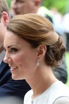 Kate Middleton Duchess of Cambridge Earrings by gentleman