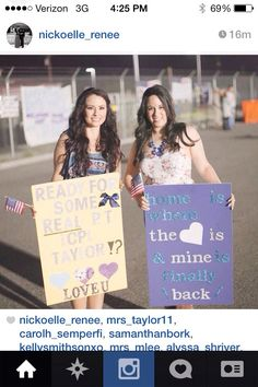 Cute military homecoming signs