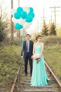 Όλα στο πράσινο. Προσκλητήρια γάμου σε απόλυτη χρωματική ταύτιση - http://www.lovetale.gr/lg-1434-la.html