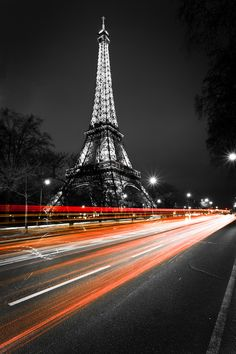 PARIS is such a sexy city *LOVE the outdoor cafes, the shopping, the architecture, the FOOD - it's all so romantic!