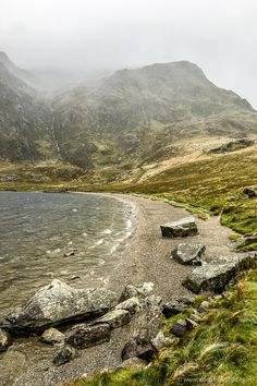 Road Trip in North Wales - 7 Must-See Places for Your Itinerary Llyn Idwal Lake in Snowdonia National Park, Wales Beautiful Places To Visit, Cool Places To Visit, Landscape Photography, Nature Photography, Scenic Photography, Aerial Photography, Night Photography, Landscape Photos, Photography Tips