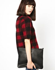 Our list of the 5 Winter Must Haves - today on vevelicious.com #winter #fashion