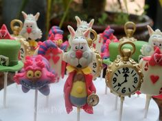 Alice in Wonderland-cake-pops