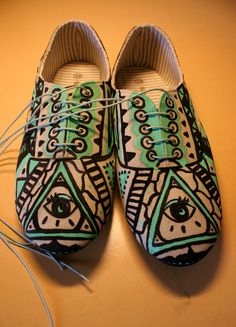 I want to make some funky shoes!  *DIY*