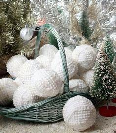 Snowballs from Bedspreads   AllFreeChristmasCrafts.com