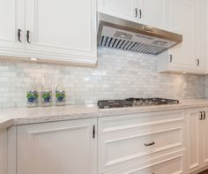 white kitchen love. Obsessed with the backsplash!