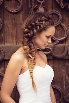 Wiesn styling: The most beautiful Oktoberfest hairstyles for a long .- Wiesn-S. - Wiesn styling: The most beautiful Oktoberfest hairstyles for a long .- Wiesn-S. African Braids Hairstyles, Girl Hairstyles, Braided Hairstyles, Wedding Hairstyles, Different Braid Hairstyles, Different Braid Styles, Hairstyle Bridesmaid, Wedding Braids, Prom Braid