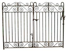 WROUGHT IRON DRIVE GATES - UK Architectural Heritage