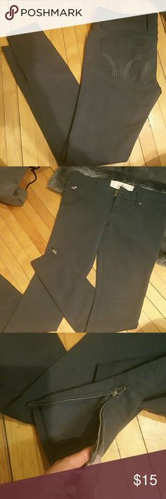 Gray jeggings Cute dark gray jeggings Reposh- they didn't fit me :( Zippers at ankle Super stretchy and comfortable Hollister Pants Leggings