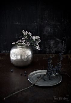 ♂ black silver interior still life home deco Ikebana, Wabi Sabi, Black Silver, Black And White, Total Black, Dark Grey, Gray, Scandinavia Design, Still Life Photos