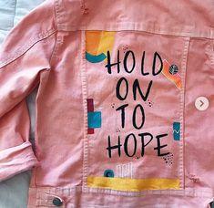 Nordstrom Jeans painted jean jacket by enid Painted Denim Jacket, Painted Jeans, Painted Clothes, Tween Fashion, Diy Fashion, Nordstrom Jeans, Jean Valjean, Diy Vetement, Style Vintage