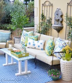 outdoor seating area- blues and greens
