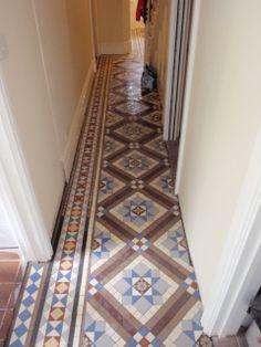 Extended hall floor