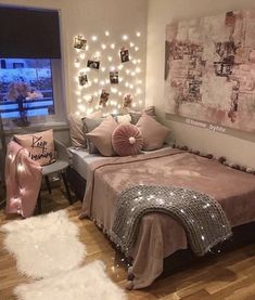 Cozy Teen Bedroom With A Platform Bed. Need some teen bedroom ideas for girls? C Cozy Teen Bedroom With A Platform Bed. Need some teen bedroom ideas for girls? C Cozy Teen Bedroom With A Platform Bed. Need some teen bedroom ideas for girls? Cute Room Decor, Teen Room Decor, Room Ideas Bedroom, Bedroom Themes, Girl Bedroom Designs, Cheap Bedroom Ideas, Teen Room Designs, Bedroom Sets, Teen Bedroom Decorations