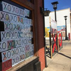 Tragedy comes in so many shapes forms and circumstances. Our #Wichita community has found a way to come together and spread X's and O's. Our entire nation needs them right now too.